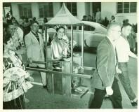 1958-sedan-chair-in-parade.jpg