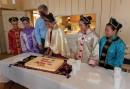 cutting the cake-0065