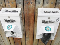 'Mutt Mitts' dispensers in Carmel
