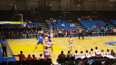 Gaurav Gurung hits the 3-pointer for the Breakers, cutting the MVC lead to 36-35 right before the end of the 3rd qtr